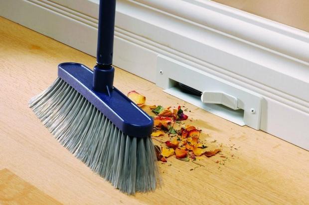 Nhiều gia đình thường kiêng quét nhà, đổ rác ngày mồng 1 Tết.