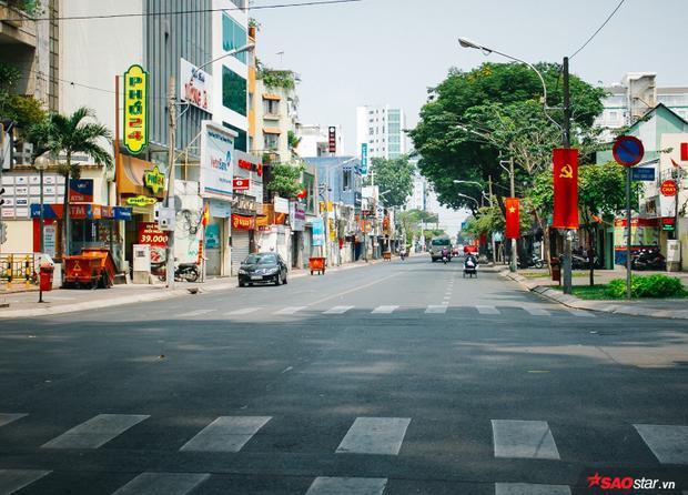 Con đường Nguyễn Thị Minh Khai vắng tanh ngay ngày đầu sáng mồng 1