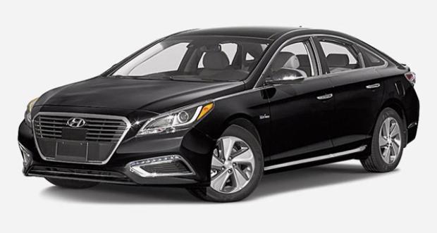 Hyundai Sonata Hybrid có mức tiêu thụ năng lượng 39 mpg.