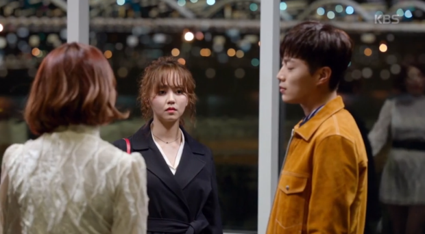 Radio Romance: Chuyện tình Doo Joo  Kim So Hyun vừa chớm nở đã phải đối mặt với kẻ thứ 3