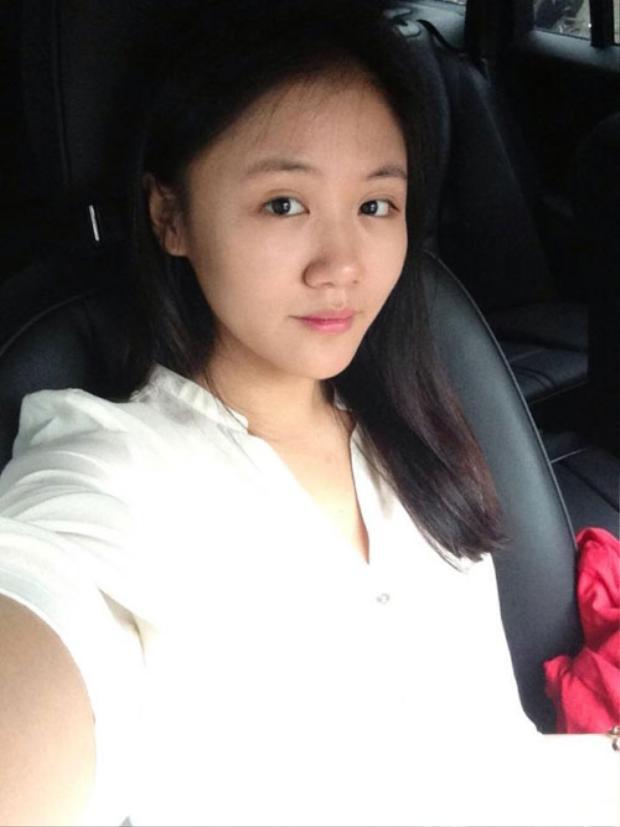 Văn Mai Hương là một trong số ít những ca sĩ công khai hình ảnh mặt mộc thường xuyên trên mạng xã hội.