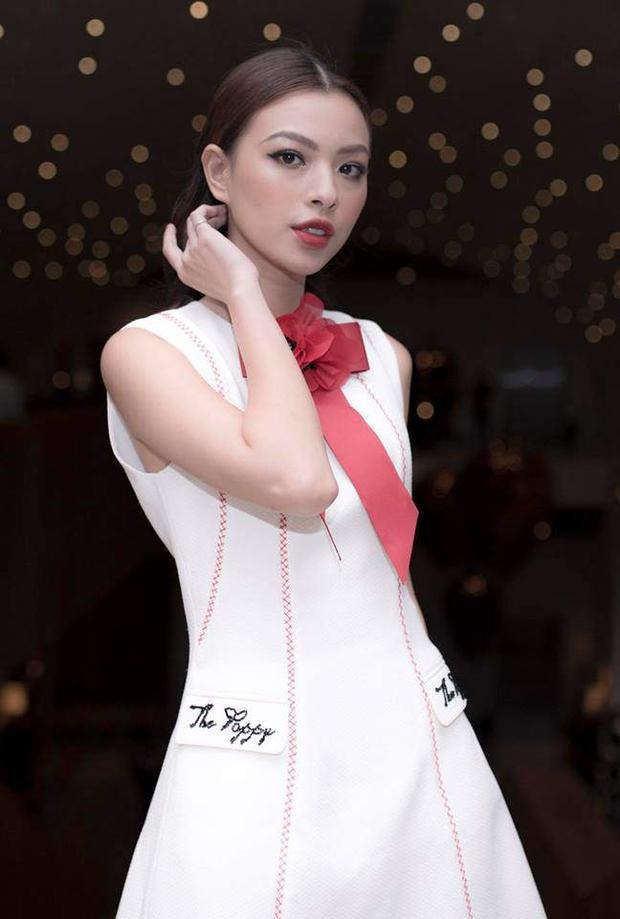 Tú Hảo đẩy mạnh hình ảnh theo hướng thời trang cao cấp và thiên về người mẫu, nên cô chọn phong cách makeup cũng như tóc thuộc các xu hướng từ những sàn diễn thời trang quốc tế.