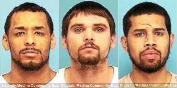 Ba tên tù nhân có ý định đào tẩu lần lượt là Joshua Natale-Morales, 26 tuổi, Michael Kilgore, 23 tuổi và Reynaldo Franco, 26 tuổi.