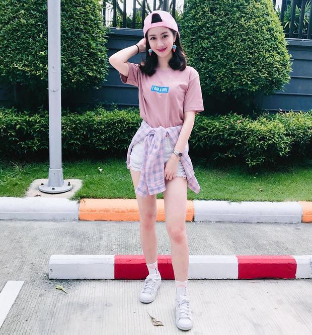 Không chỉ có vòng một nảy nở, gout thời trang của Jun Vũ cũng gây chú ý không kém