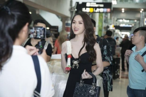 Miss International Queen 2018: Hương Giang đọ sắc bất phân thắng bại bên thiên thần chuyển giới Thái Lan