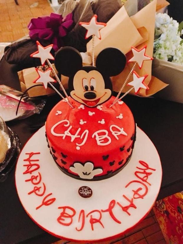 Tạm gác công việc, Ngô Thanh Vân mừng sinh nhật trong không gian đậm chất Disney