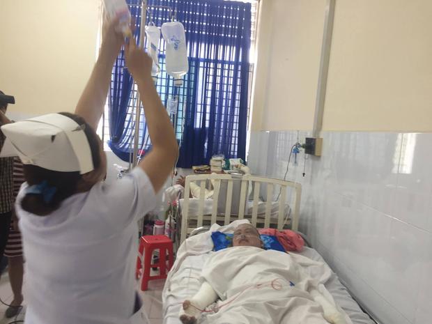 Người chồng bỏng 96% trong vụ nổ khí hầm cầu làm 4 người bị thương