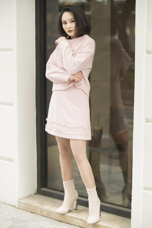 Phong cách nàycủa nữ diễn viên không khác gì các hot girl.
