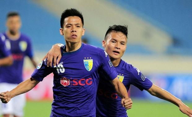 Tiền đạo của CLB Hà Nội quyết định ở lại Việt Nam tiếp tục thi đấu.