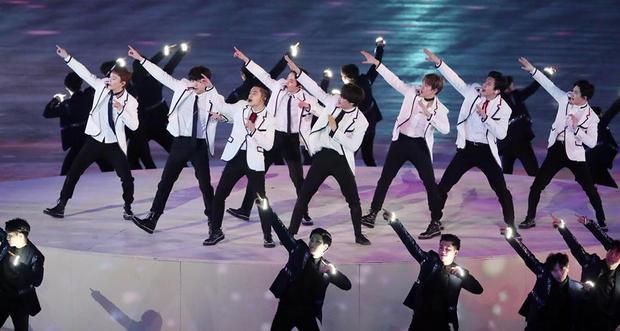 Màn trình diễn tưng bừng tại PeongChang Olympics 2018 cũng không khiến EXO vượt qua được BTS và Wanna One.