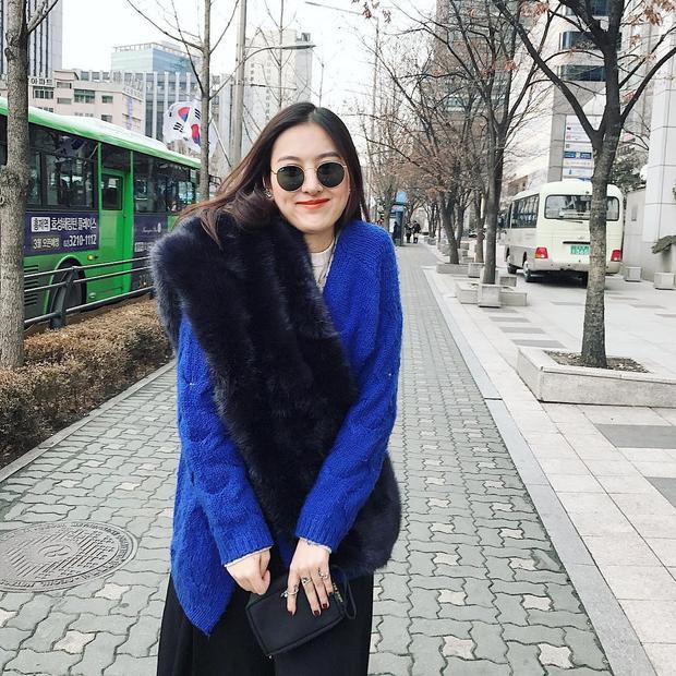 Cô nàng Hà Lade dịu dàng với áo choàng lông sang chảnh trong kì nghỉ dài ngày ở Hàn Quốc với hội bạn thân gồm Kỳ Duyên và Diệp Lâm Anh.