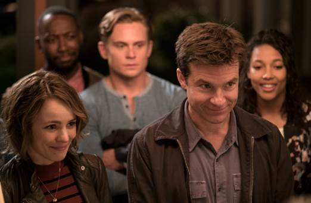 """Nữ diễn viên trở lại cùng nam danh hài Jason Bateman trong """"Game Night""""."""