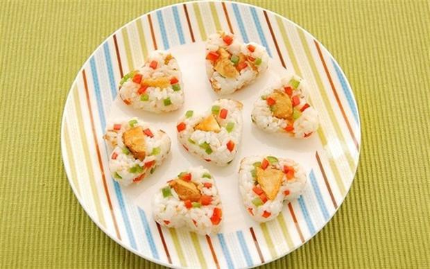 Quà tặng 8/3: Đừng bỏ qua những món ăn siêu đáng yêu này giúp đánh gục dạ dày của nàng