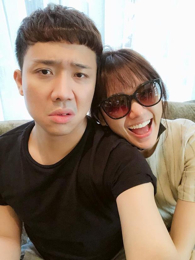 """Các fan thích thú với cách trông nom ông xã đầy """"cứng rắn"""" của Hari Won."""