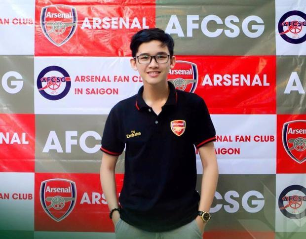 Lê Bình - Chủ tịch Hội CĐV Arsenal tại Sài Gòn.