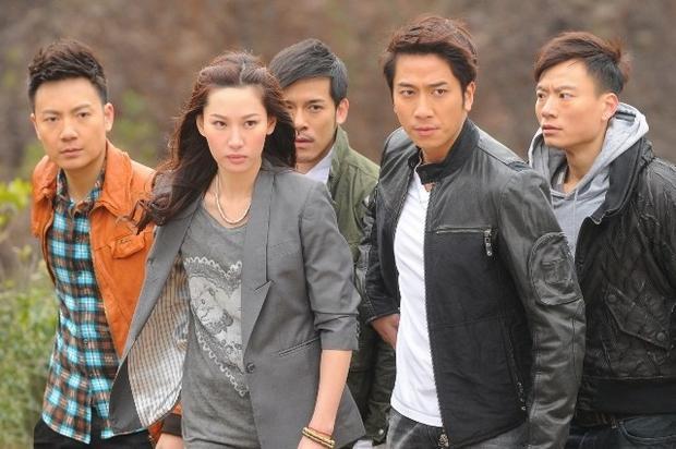 TVB rục rịch bấm máy phần 4, khán giả bồi hồi nhớ lại 3 phần Bằng chứng thép