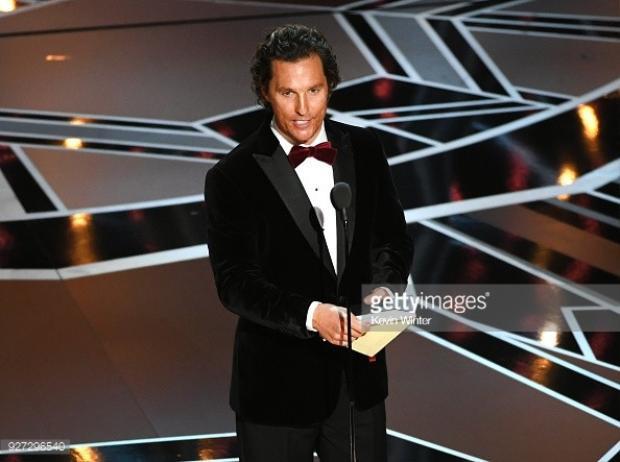 Matthew McConaughey công bố giải thưởng.