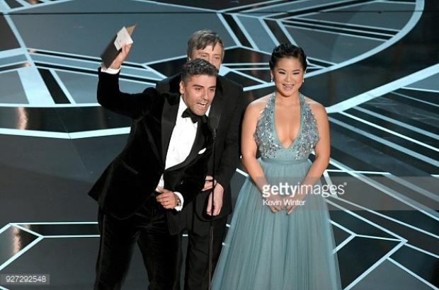 Xúc động trước hành động Oscar 2018 tôn vinh cố nghệ sĩ gốc Việt Lê Thị Hiệp