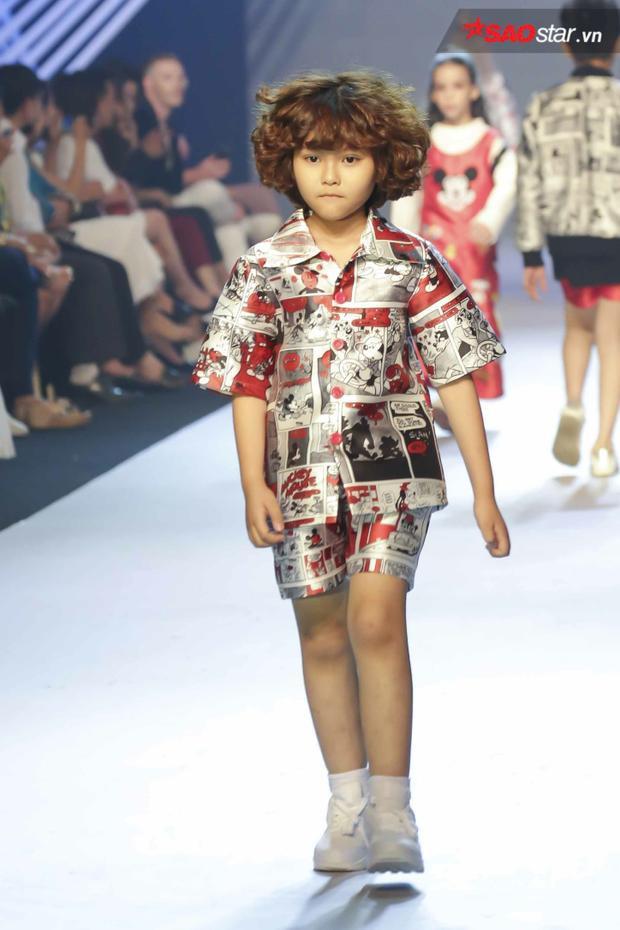Không chỉ hợp với các bé gái, đây còn là một sự lựa chọn dành cho các cậu nhóc yêu thích phong cách cá tính.