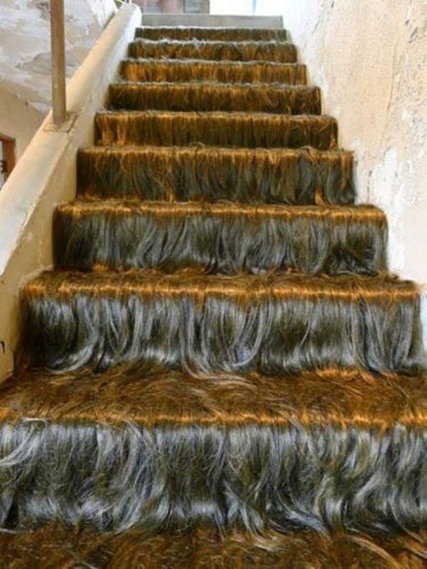 """Thoạt nhìn thôi đã thấy cầu thang này """"mềm mại"""" rồi."""