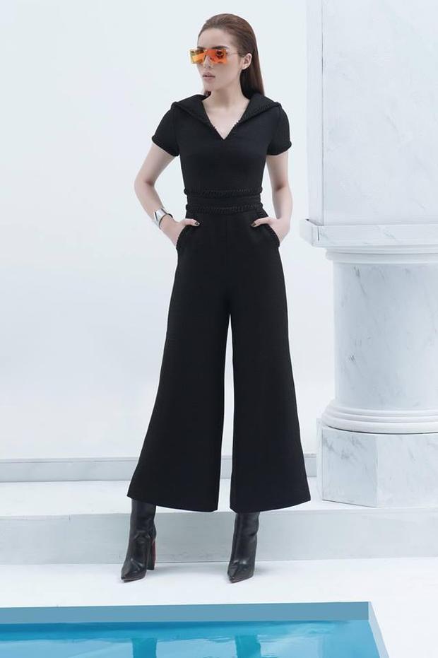 """Xây dựng hình ảnh bản thân theo hướng một nàng hậu đẳng cấp, thời thượng. Kỳ Duyên không thể bỏ qua kiểu quần đang """"hot"""" này."""
