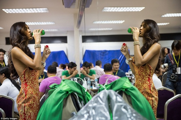 Đến với cuộc thi, những người phụ nữ đặc biệt này có thể hoàn toàn thoải mái và yên tâm thể hiện bản thân.