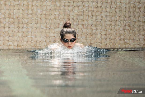 Đáng ngạc nhiên, Châu chưa từng qua một lớp tập bơi nào. Cô chỉ nhìn người khác bơi và tập nơi theo. Trong số các kiểu bơi, Châu thích nhất là bơi ếch vì tập luyện được cả tay và chân hiệu quả.
