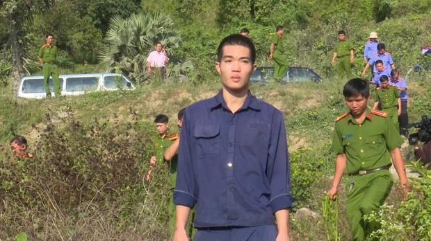 Bị can Lâm Văn Đởi (áo xanh đen)