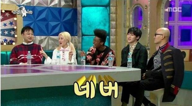 """""""Không bao giờ"""". Phản ứng tiếp theo của JooE chính thức khiến cả trường quay bùng nổ trong tiếng cười."""