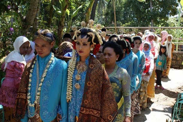Một cuộc thi tôn vinh tục đa thê từng được tổ chức ở Indonesia.