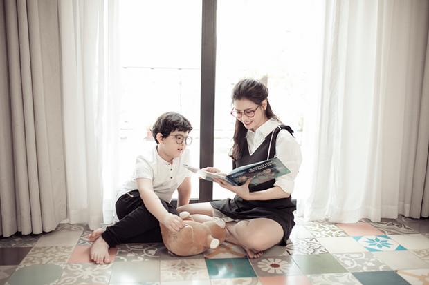 Mẹ con Trương Quỳnh Anh ngọt ngào, đáng yêu trong bộ ảnh nhân dịp 8/3