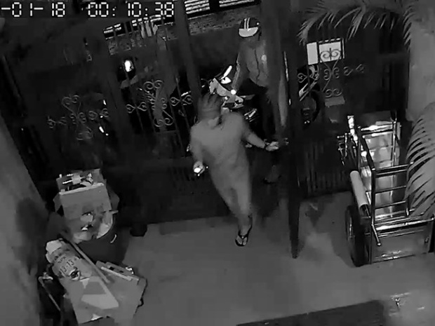 Tài xế lấy trộm của sếp gần 400 triệu đồng bị camera ghi hình nên ra đầu thú