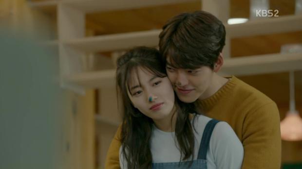 """Trong """"Uncontrollably fond"""", Suzy diễn cặp tình nhân khổ mệnh với Kim Woo Bin"""