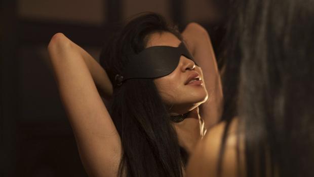 Skirt Club giúp các thành viên thoải mái bộc lộ bản năng giới tính của bản thân mà không cảm thấy e ngại. Ảnh: SCMP