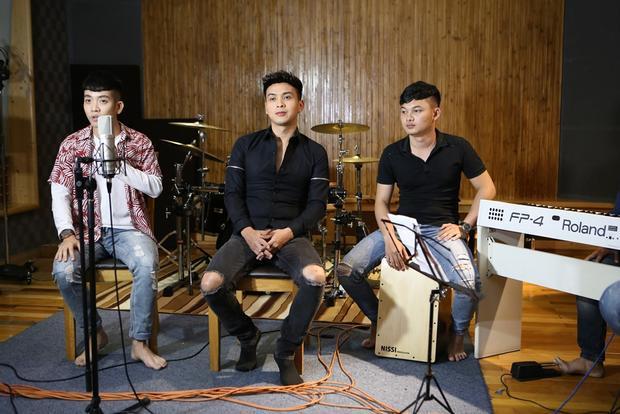 Hồ Quang Hiếu lần đầu live sáng tác sát thương từ Phan Mạnh Quỳnh