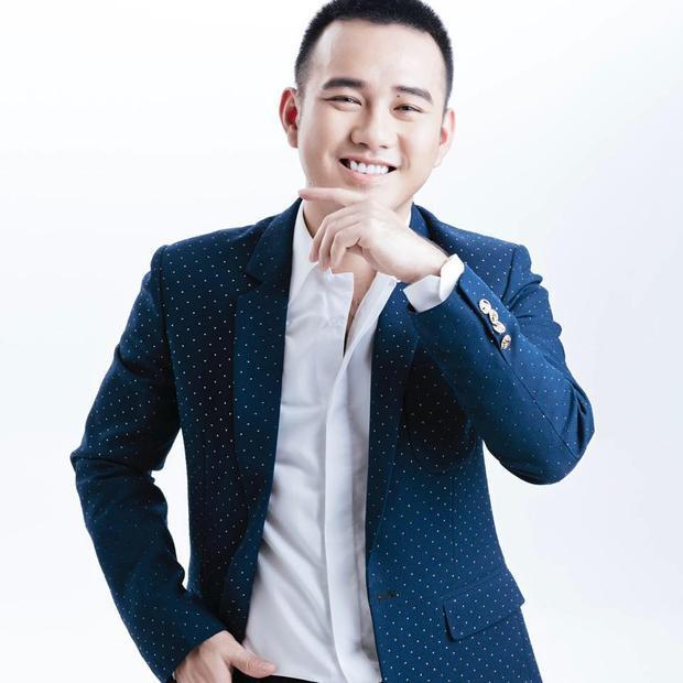 """Được mệnh danh là NTK của các hoa hậu, Lê Thanh Hòa một lần nữa chứng tỏ rất """"mát tay"""" trong việc giúp các người đẹp chinh phục vương miện trong các cuộc thi nhan sắc."""