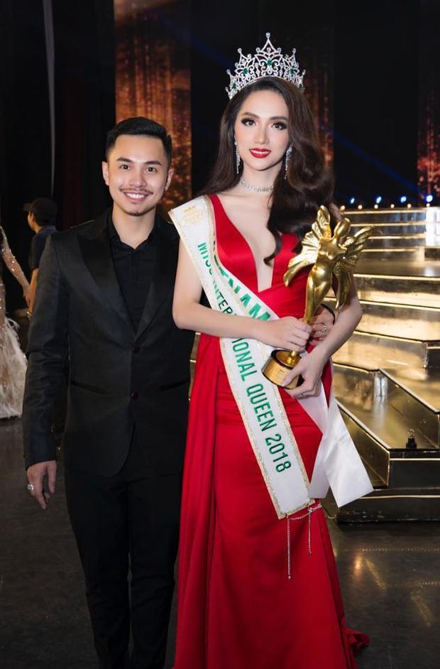 Anh Nguyễn Thanh Phong - phiên dịch cũng như quản lý của Hương Giang tại Hoa hậu Chuyển giới quốc tế 2018.