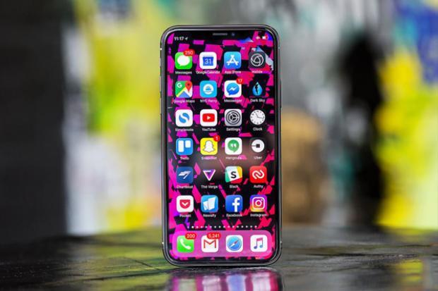 iPhone X tệ quá Apple ơi, chẳng xứng đáng với mức giá 1.000 USD