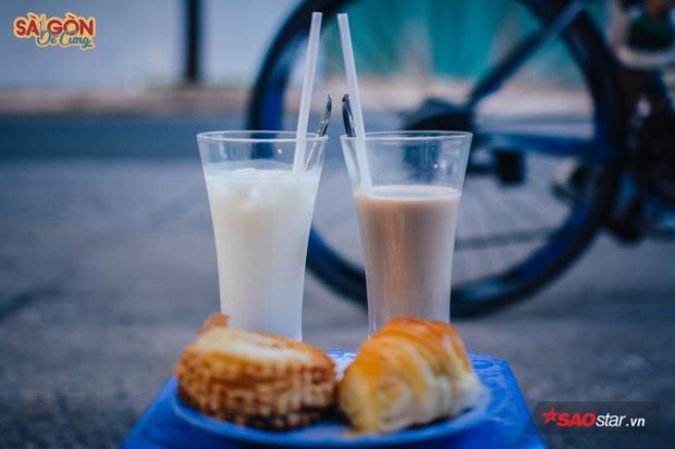 Sài Gòn - sữa nóng - vỉa hè đã trở thành một thú vui tao nhã cho người thành phố.