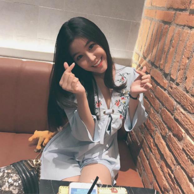 Nữ sinh Sài Gòn từng nổi tiếng với vòng 1 gợi cảm bất ngờ được báo Hàn hết lời khen ngợi