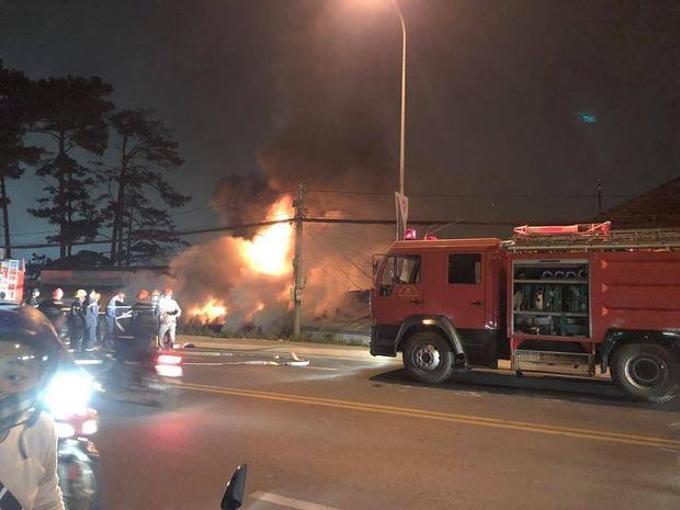 Hiện trường vụ cháy nghiêm trọng tại Đà Lạt.