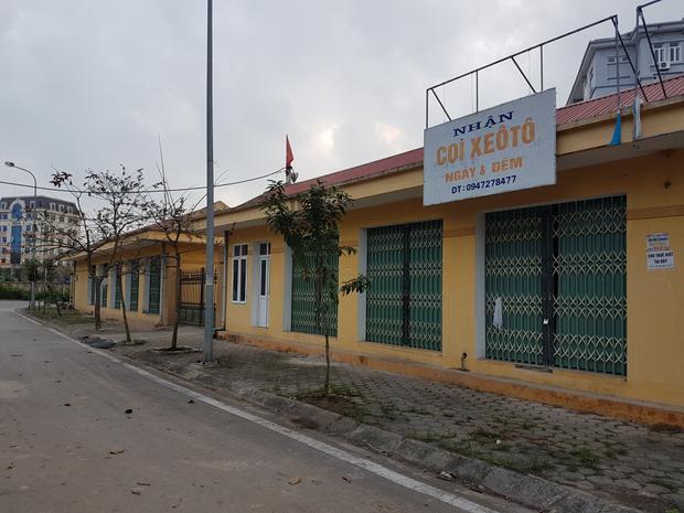 Trước vấn đề này, ông Vũ Chí Kiên, Chủ tịch UBND phường Thống Nhất cho hay, người dân kiến nghị phường có các giải pháp đưa chợ vào hoạt động, tuy nhiên do hai công trình giao thông liên quan đến khu chợ chưa xong nên khó thực hiện kiến nghị này.