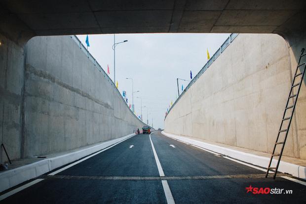 Hầm chui nhánh N.1 dài 445 m, rộng 9.5 m với tổng chi phí đầu tư 514 tỷ đồng.