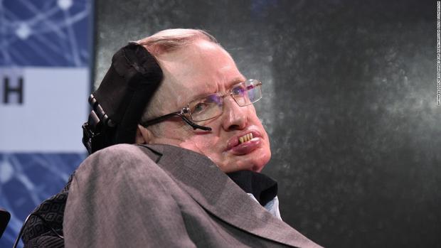 Thiên tài vật lý Stephen Hawking. Ảnh: CNN