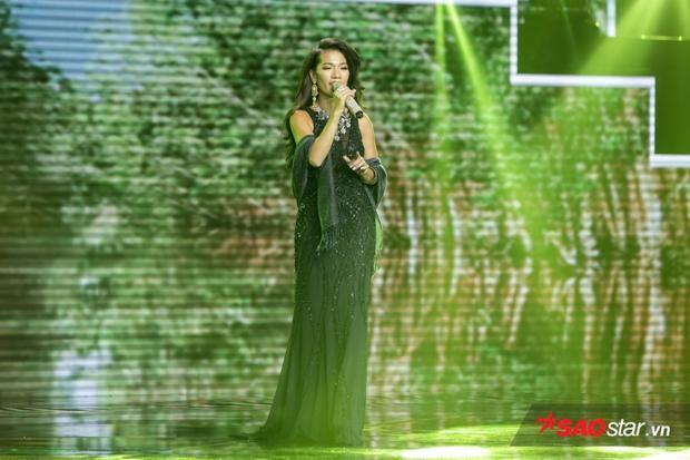 Thanh Tuyền Ebony.