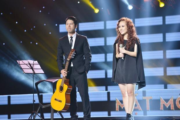 Ca khúc lấy ý tưởng từ hành trình của Hoa hậu H'Hen Niê khiến 4 HLV thích thú.