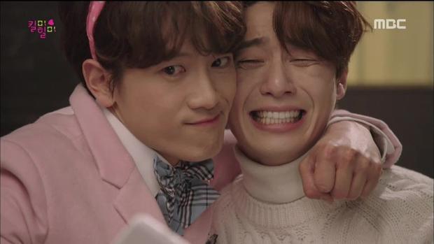 """""""Nữ quái đáng sợ"""" Ahn Yo Na - một nhân cách khác của Doo Hyun."""
