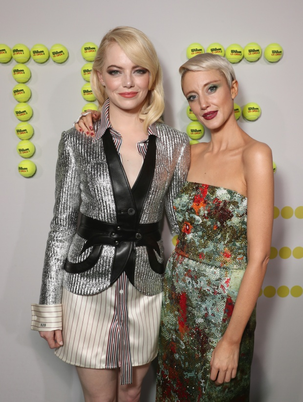 "Emma Stone và Andrea Riseborough trong ""Battle of the Sexes""."