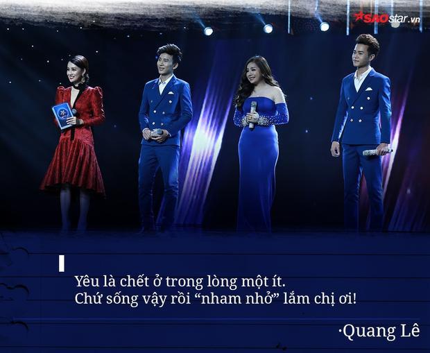 Tuy khá căng thẳng khi theo dõi màn trình diễn của các học trò nhưng HLV Quang Lê vẫn duyên dáng mượn ngay câu thơ nổi tiếng của Xuân Diệu để trả lời câu hỏi của MC Quỳnh Chi về chuyện yêu đương khiến khán giả vô cùng thích thú