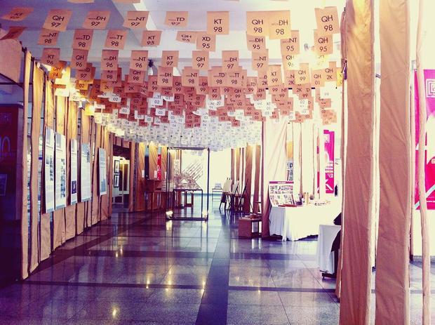 Sảnh chính trường khi có triển lãm - (Ảnh: Instagram Haru)